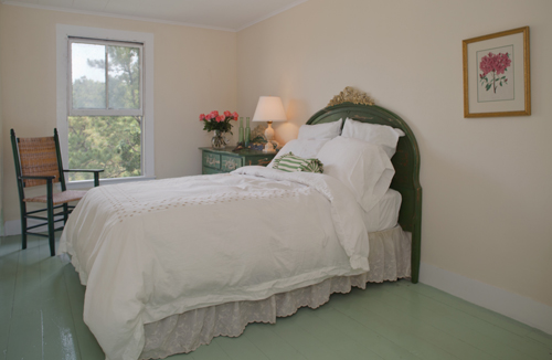 WhiteandGreenBedroom at Thimble Island House