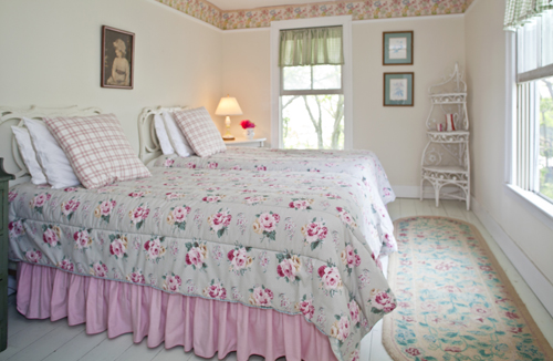 Cabbage Rose Bedroom at Thimble Island House