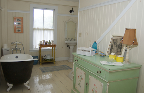 Bathroom at Thimble Island House