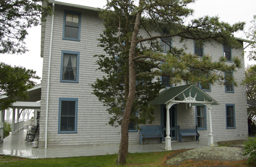 Front of Thimble Island House