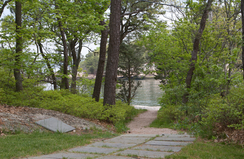 Path to the Beach at Thimble Island House